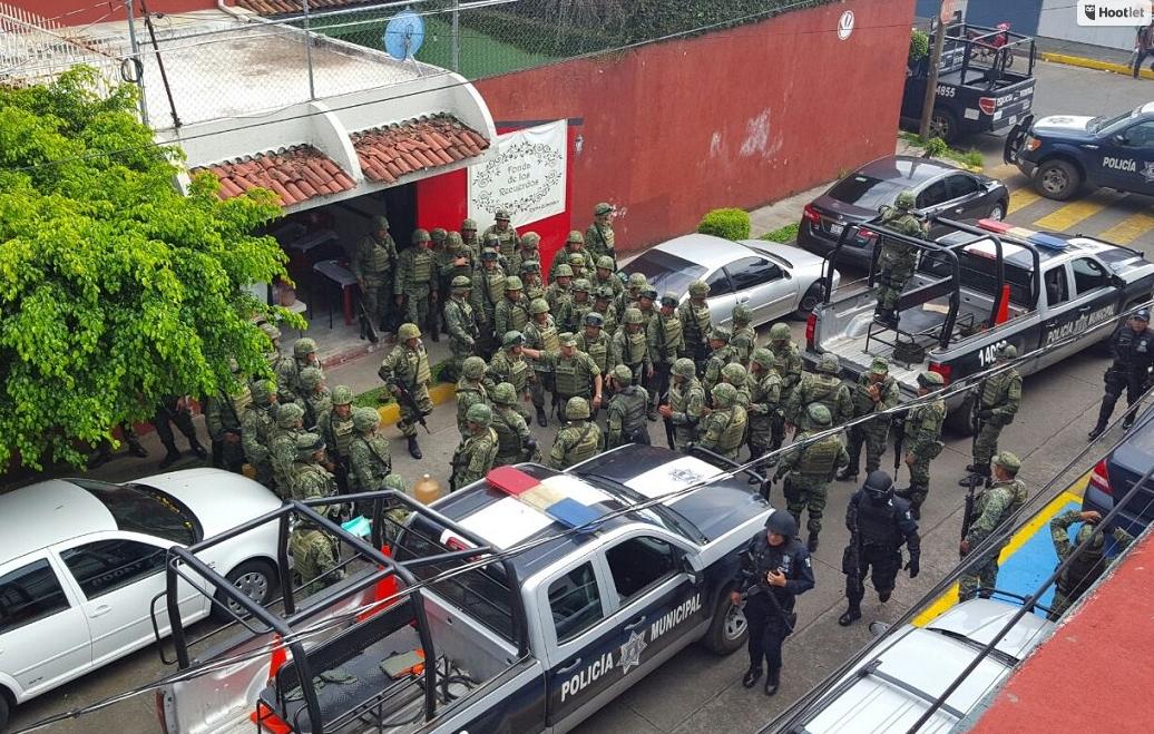 A Morelia llevan a 6 ex rurales de Uruapan