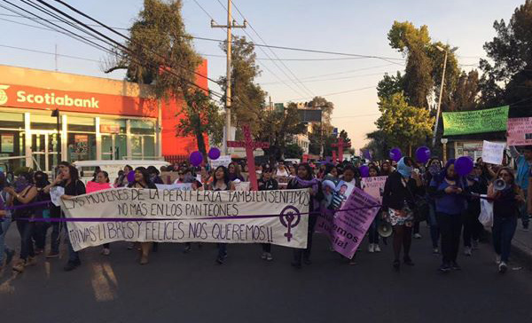 Marchan contra feminicidio en Naucalpan