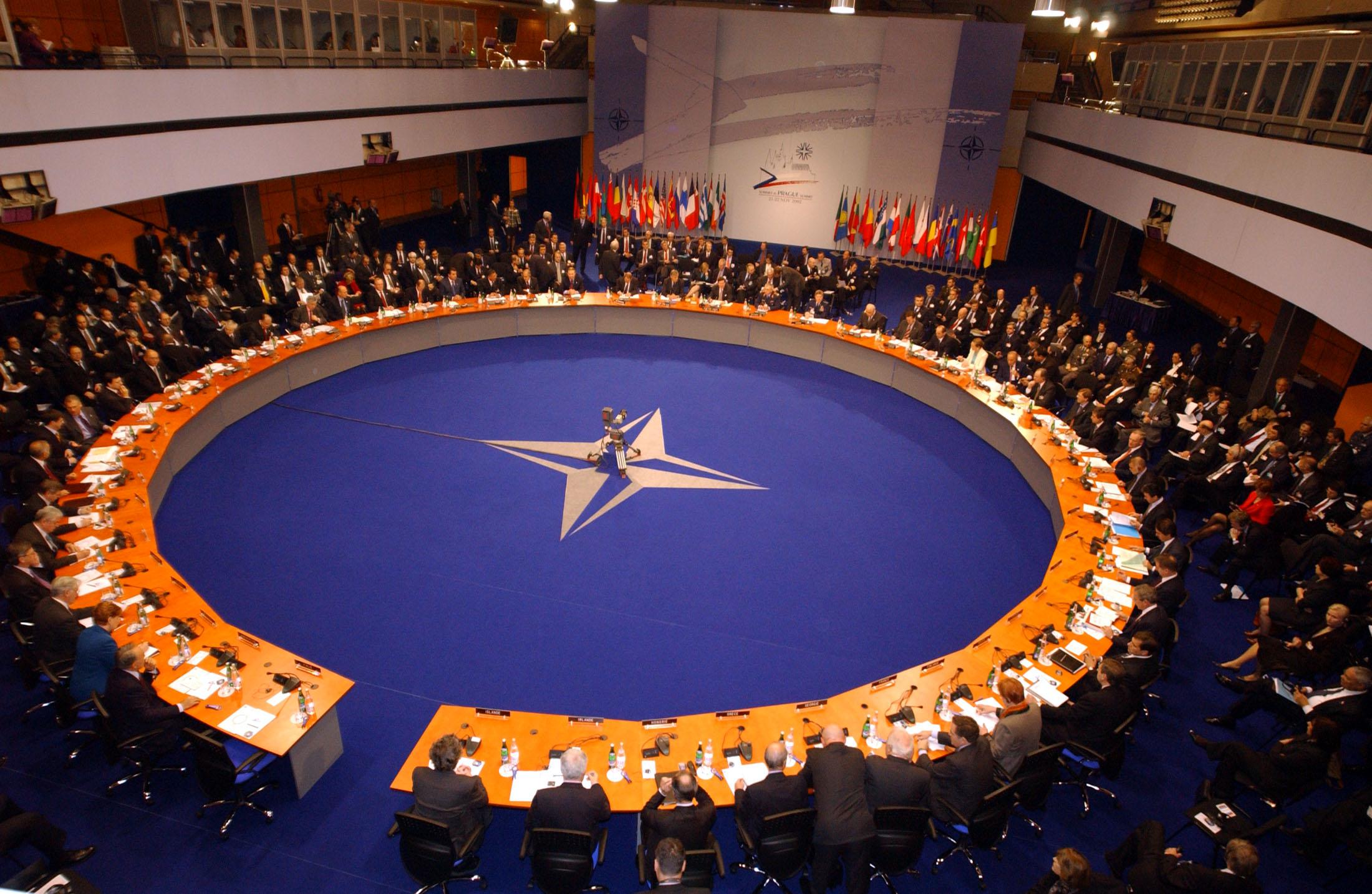 OTAN muestra confianza en Trump