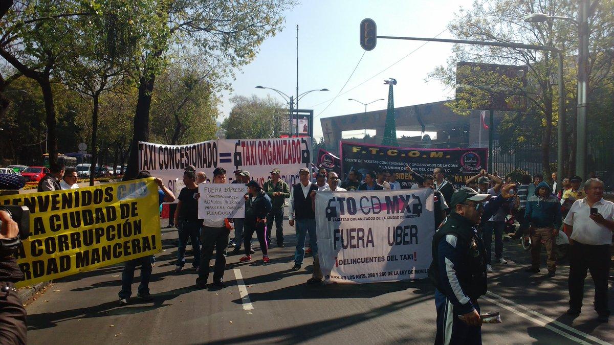 Taxistas (otra vez) protestan contra Uber