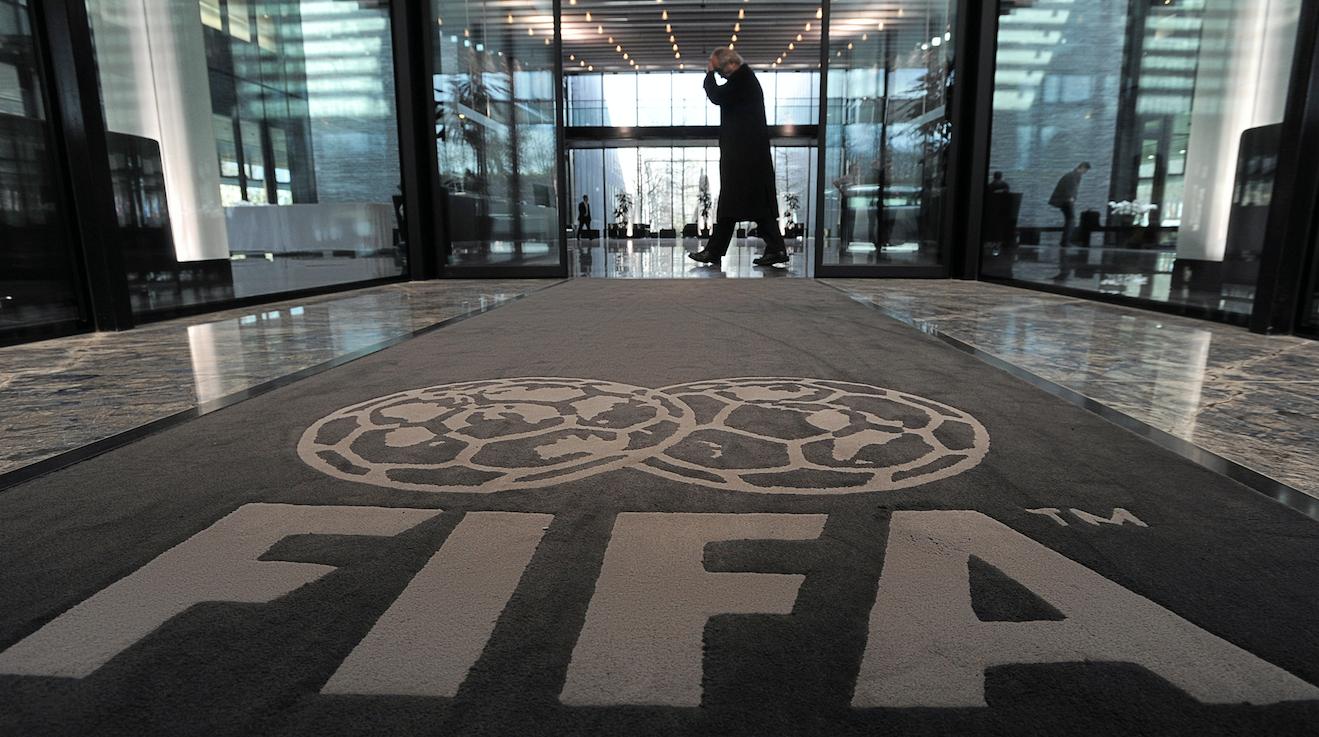 Filial de Televisa ligada con soborno a FIFA