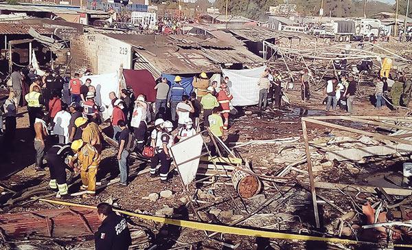 Van 35 muertos por tragedia en Tultepec