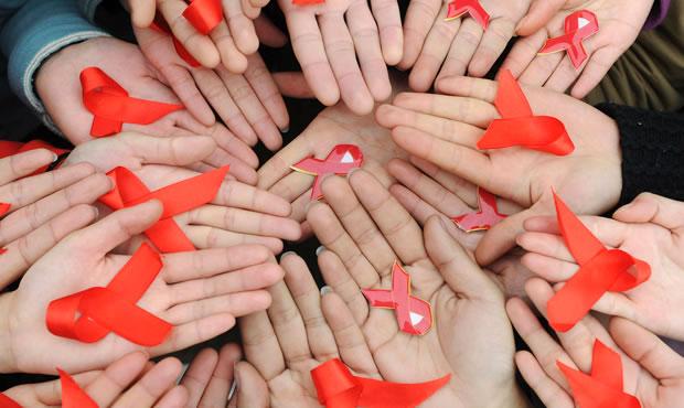 Alertan 60% más contagios de VIH en jóvenes