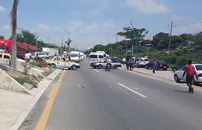 CNTE anuncia bloqueos carreteros en Chiapas