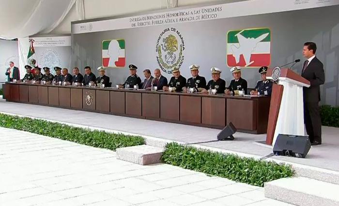 EPN pide certeza jurídica a fuerzas armadas