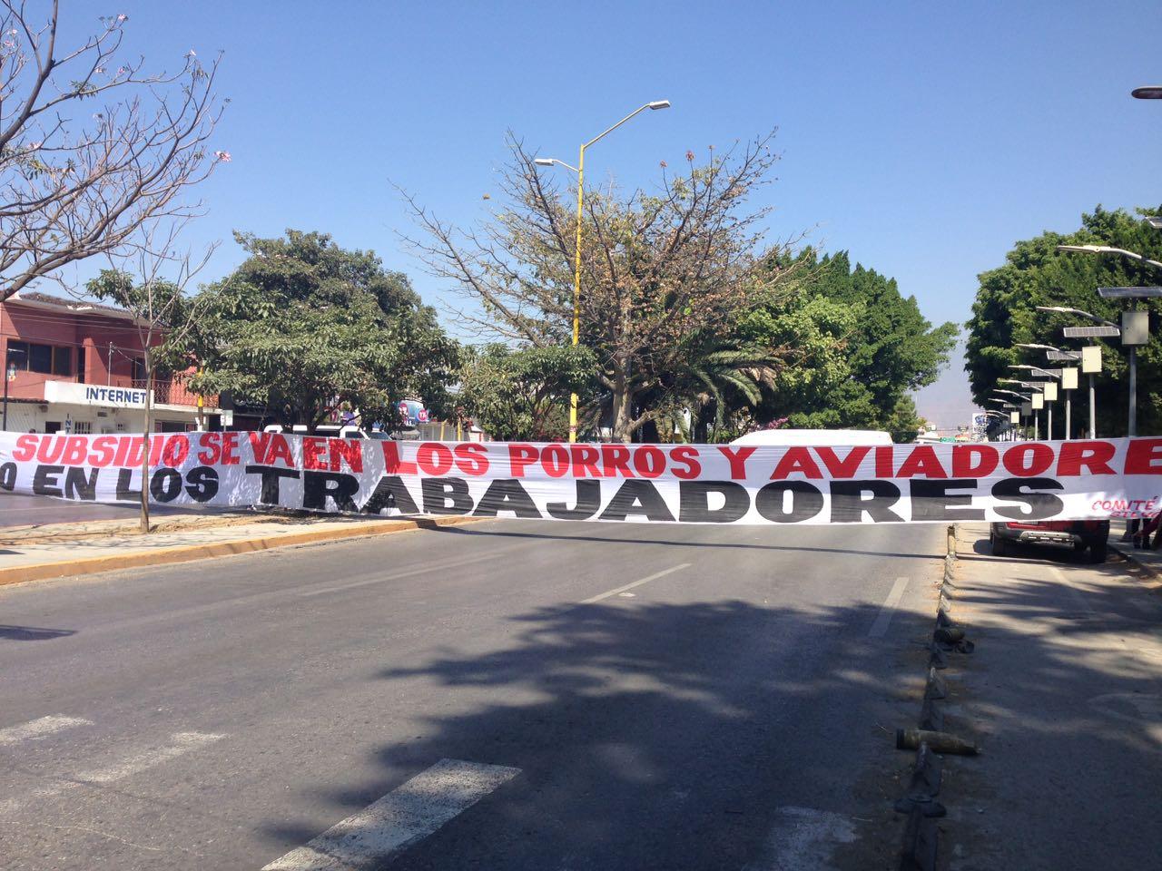 Steuabjo toma rectoría y desaloja CU en Oaxaca