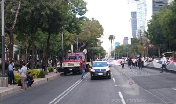 Atropellan a manifestante en Reforma