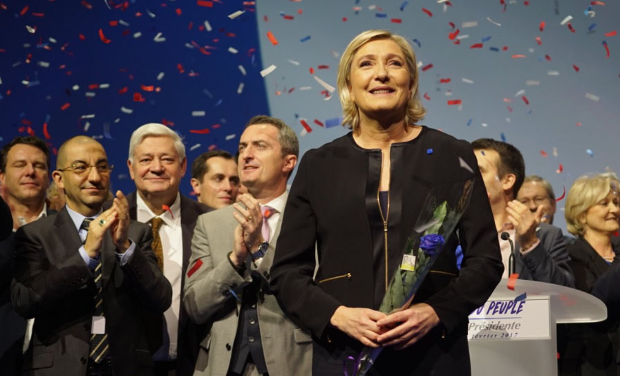 Le Pen se inspira en Trump y Brexit al lanzar campaña