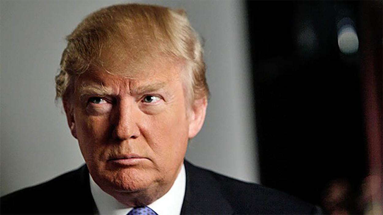 Trump presume reducción de deuda pública