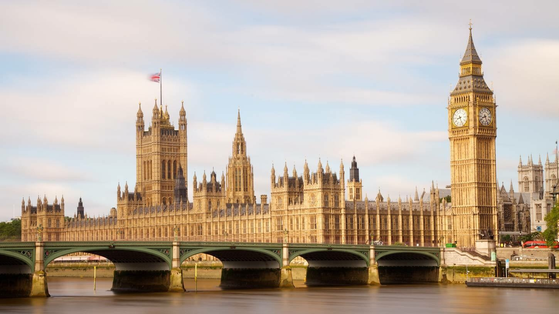 Por mayoría autorizan inicio de Brexit