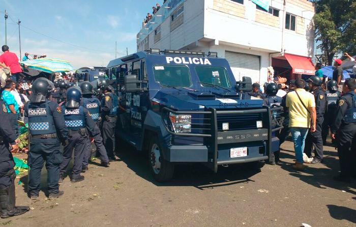 Policías evitan linchamiento en la CEDA