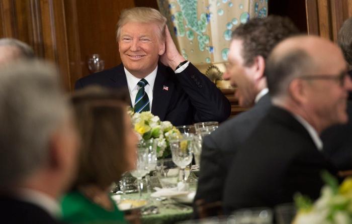 Si no fuera por Twitter no estaría aquí: Trump