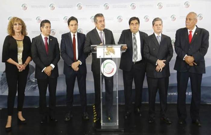 Pide Barrales a disidentes renuncien al PRD