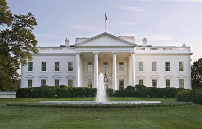 Logra entrar a la Casa Blanca pero es detenido