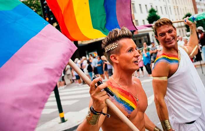 Cancelan marcha gay de LA; será de resistencia