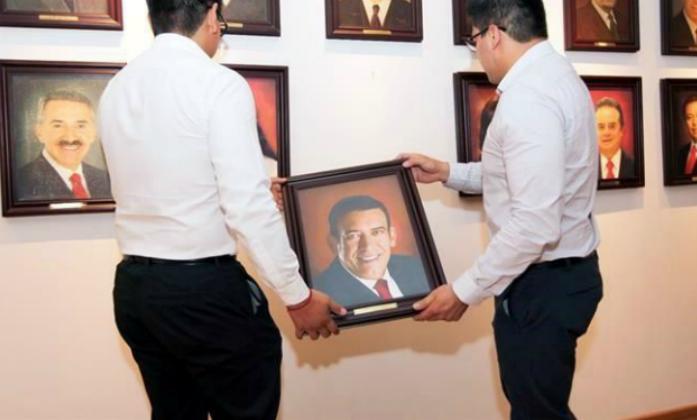 Sacan a Moreira del PRI... y no por corrupción