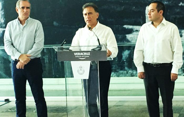 Yunes calla sobre nexos de Duarte y Odebrecht