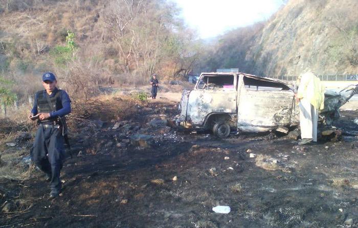 Accidente en autopista del Sol deja 4 muertos