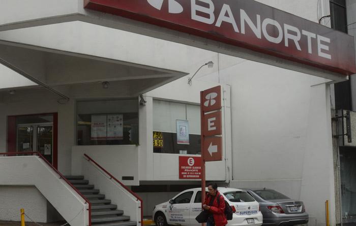 Bancos suspenderán operaciones jueves y viernes