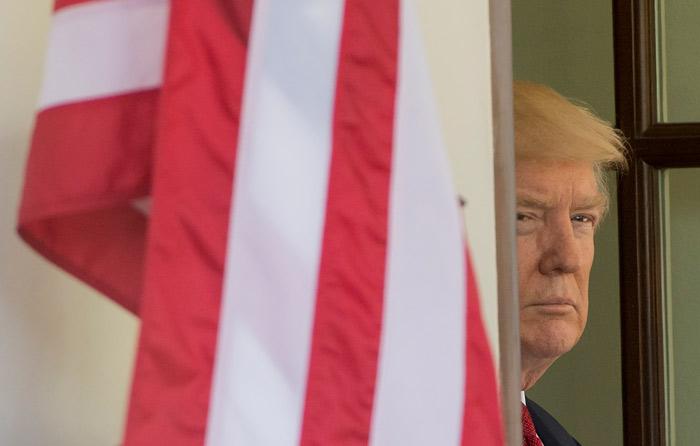 Muro, herramienta para evitar paso de drogas: Trump