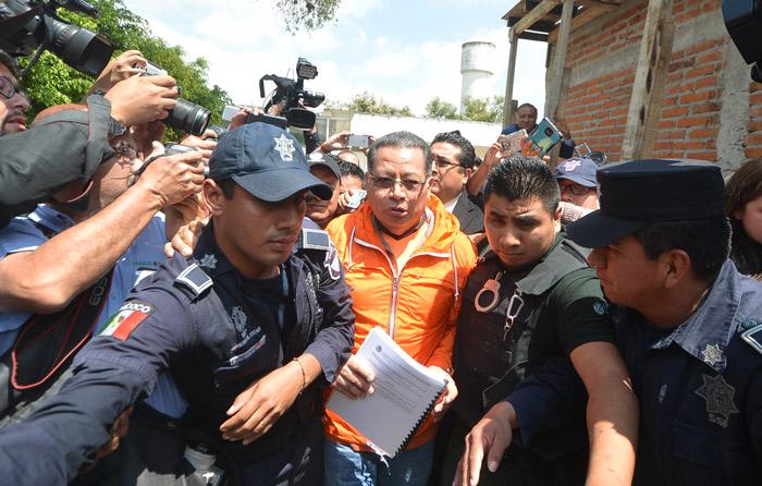 Flavino Ríos sigue delicado y en hospital