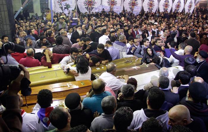 Egipto identifica a suicida de iglesia copta