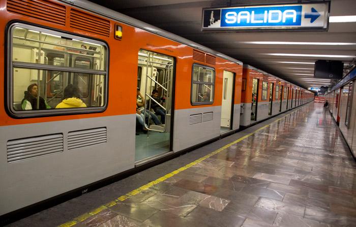 Metro y Metrobús tendrán horario especial