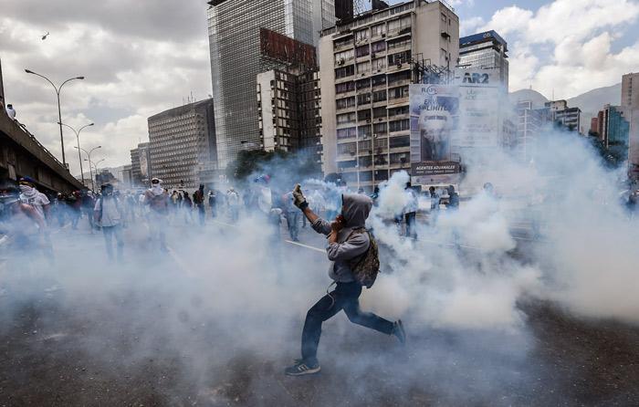 Marchas en Venezuela dejaron 3 muertos