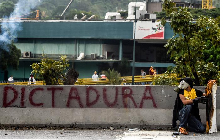 Muere otra persona tras protestas en Venezuela