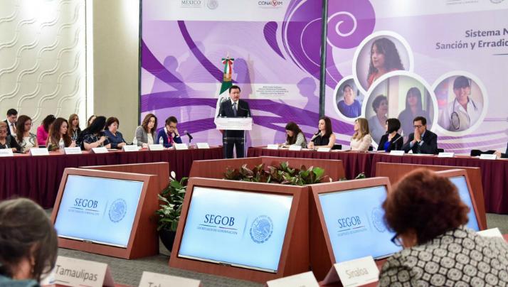 Segob urge a adoptar y cumplir leyes de violencia de género