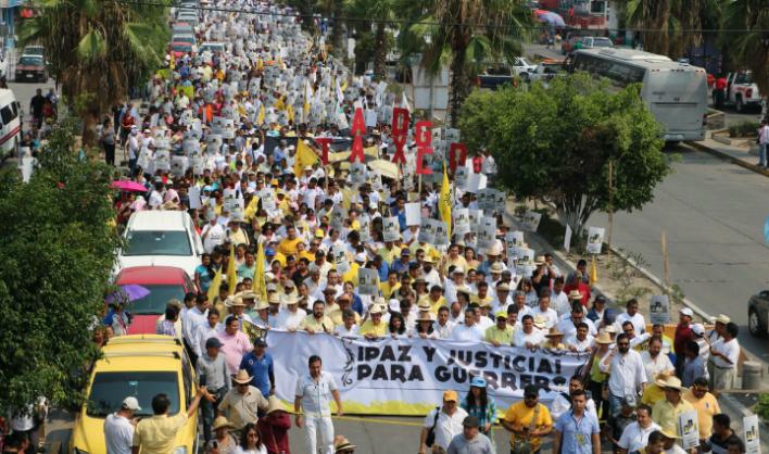 PRD marcha por inseguridad en Guerrero
