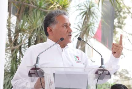 El populismo autoritario de López Obrador será derrotado el 4 de junio; México no quiere liderazgos mesiánicos: Zamora
