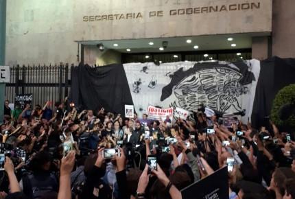 Medios regionales expresan enojo y desconfianza a gobierno