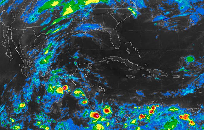Adrián crece; prevén sea huracán en 48 hrs