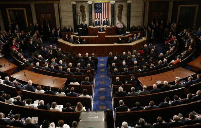 EU: Senado logra presupuesto... provisorio