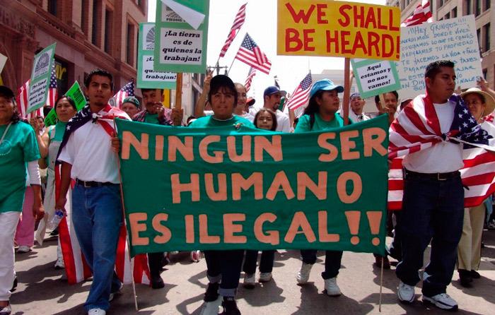 Texas prohíbe ciudades santuario; México protesta