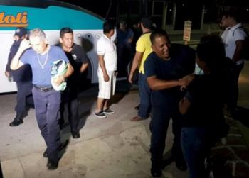 Liberan a 31 policías, 20 van a penal