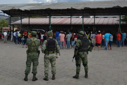 Ejército libera a 13 secuestrados en Tierra Caliente