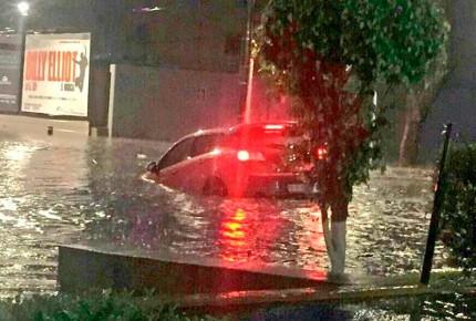 Cae tormenta en la CDMX; reportan 5 cruces anegados