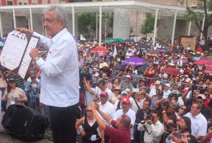 'Batea' AMLO alianza con frente opositor del PRD