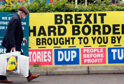 Británicos eligen al gobierno que negociará el Brexit