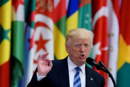 """Tuits de Trump debilitan en corte su """"veto"""" migratorio"""