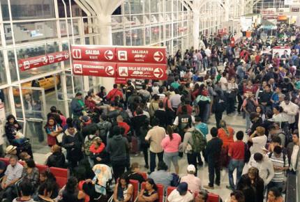 ADO suspende salidas de autobuses de Oaxaca