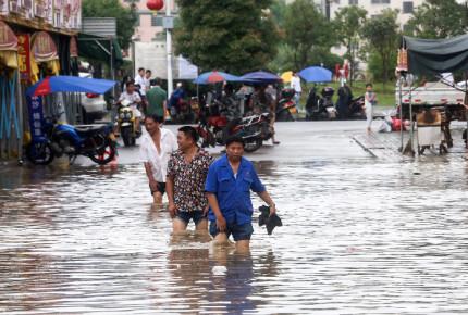 400 mil evacuados y 31 muertos por inundaciones en China