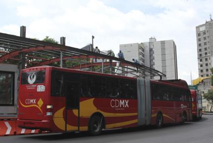 ¡Atención! Metrobús ajusta servicio por Medio Maratón
