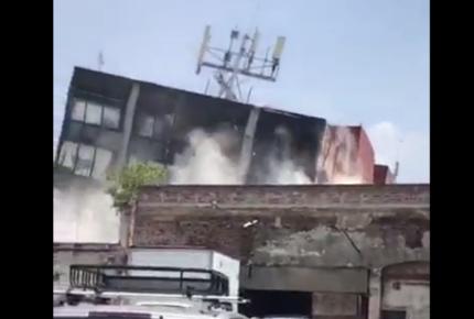 Así se desplomó fábrica en Chimalpopoca en CDMX; corren a Osorio del lugar