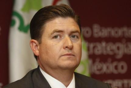 Juez resuelve a favor de Rodrigo Medina en caso Kia
