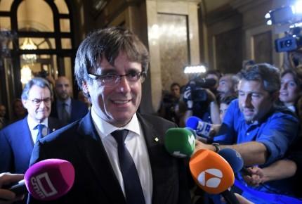 """""""Pides diálogo y te responden el 155. Entendido"""": Puigdemont"""