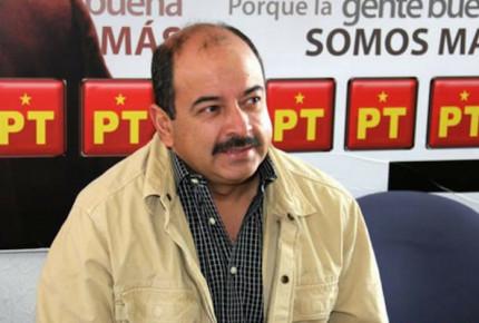 Líder del PT en Aguascalientes presenta pruebas ante juez