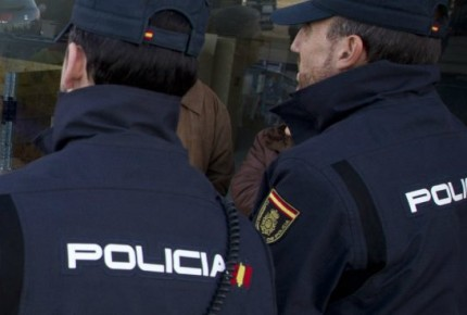Policía española lista para detener a Puigdemont
